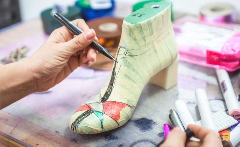 Shoe Fashion Designing  How to Become a Fashion Designer at 15 | Best Guide For you
